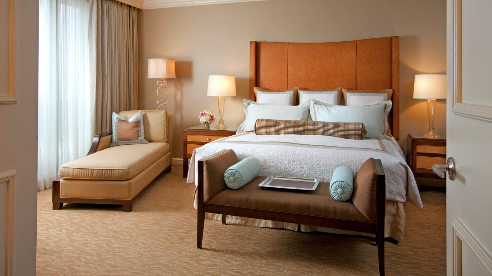 Royal Suite - Luxury Hotels in Houston - The St. Regis Houston Hotel