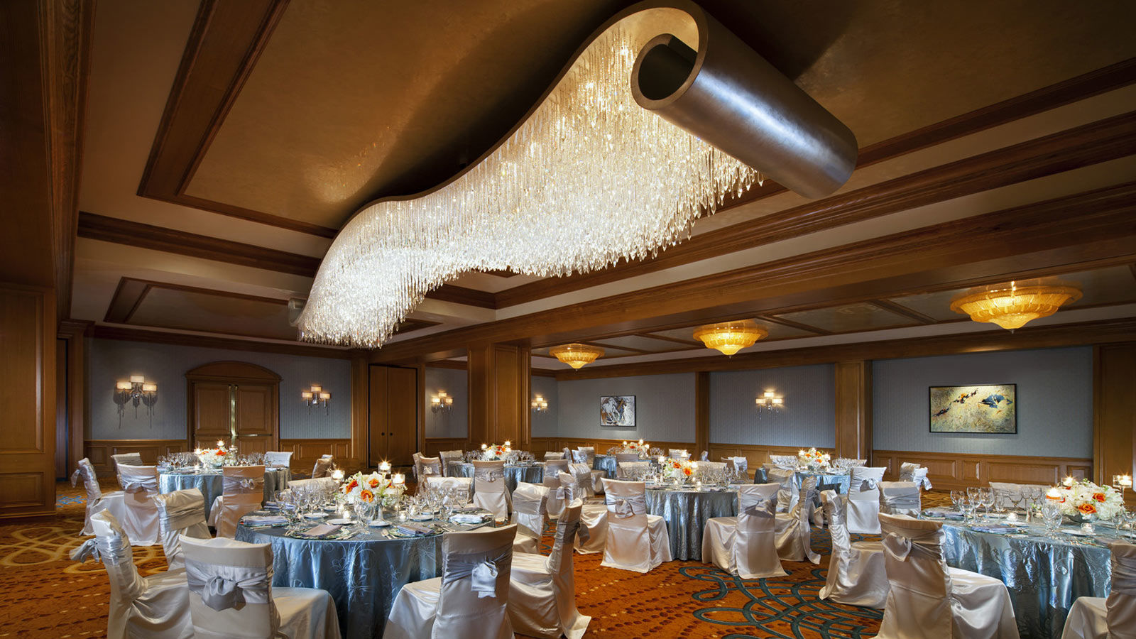 Luxury Wedding Venues in Houston - The Ballroom