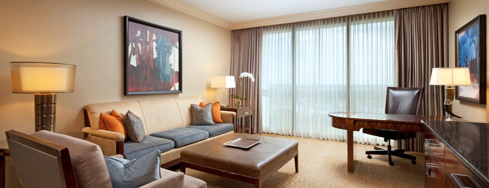 Astor St. Regis Suite - Luxury Hotels in Houston - The St. Regis Houston Hotel